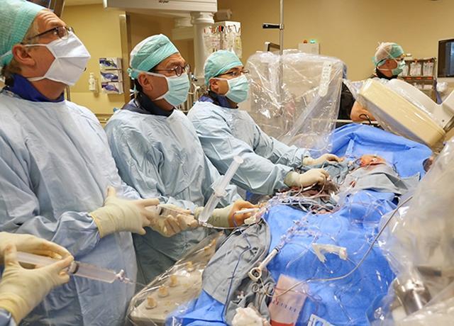 picture of UW Medicine cardiologists performing a procedure