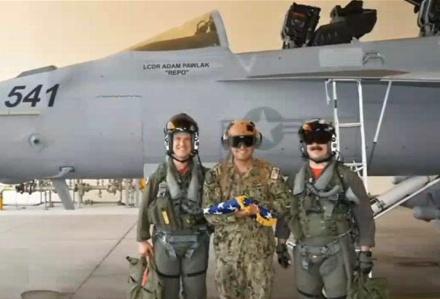 picture of U.S. Navy commander