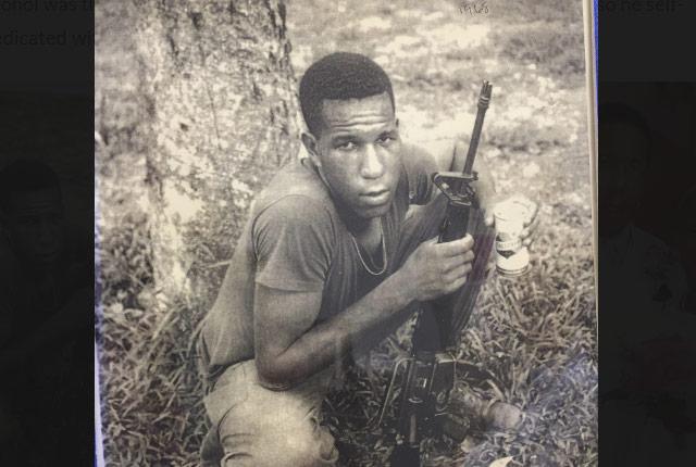 picture of soldier in Vietnam