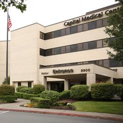 picture of Capital Medical Center entryway in Olympia, Washington