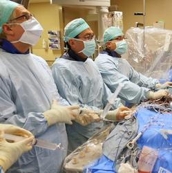 picture of UW Medicine cardiologists performing a procedure