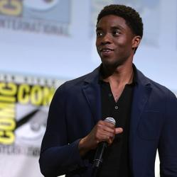 picture of actor Chadwick Boseman at the 2016 San Diego Comic Con