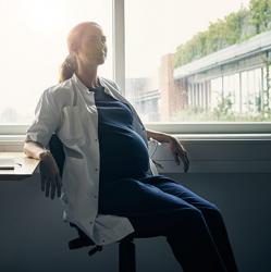 picture of pregnant physician