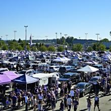 Tailgating at UW