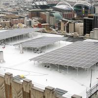 picture of solar panel array atop Harborview Medical Center
