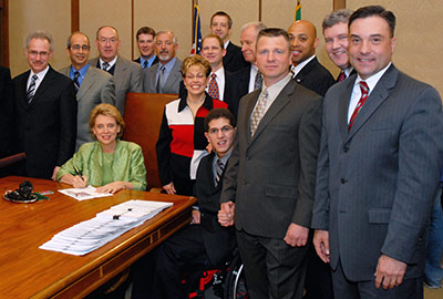 picture of Zackery Lystedt at bill-signing on May 14, 2009